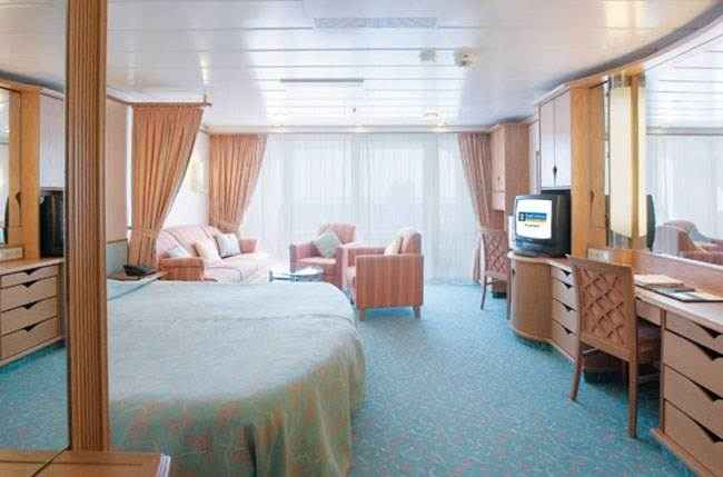 Explorer of the Seas - Suite