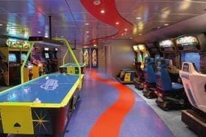 Salle d'arcades